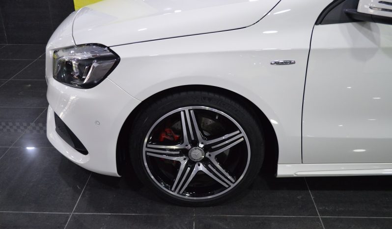 Mercedes-Benz A 250 SPORT – AMG – completo