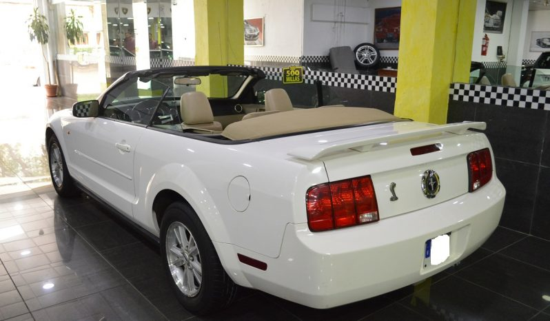 Ford Mustang Cabrio 4.0 V6 completo