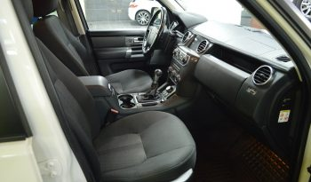 LAND ROVER DISCOVERY 4 TDV6 SE completo